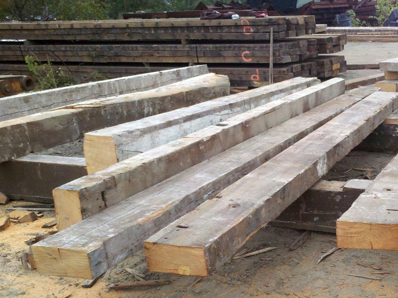 Reclaim wood (Oak, chestnut, spruce/pine)